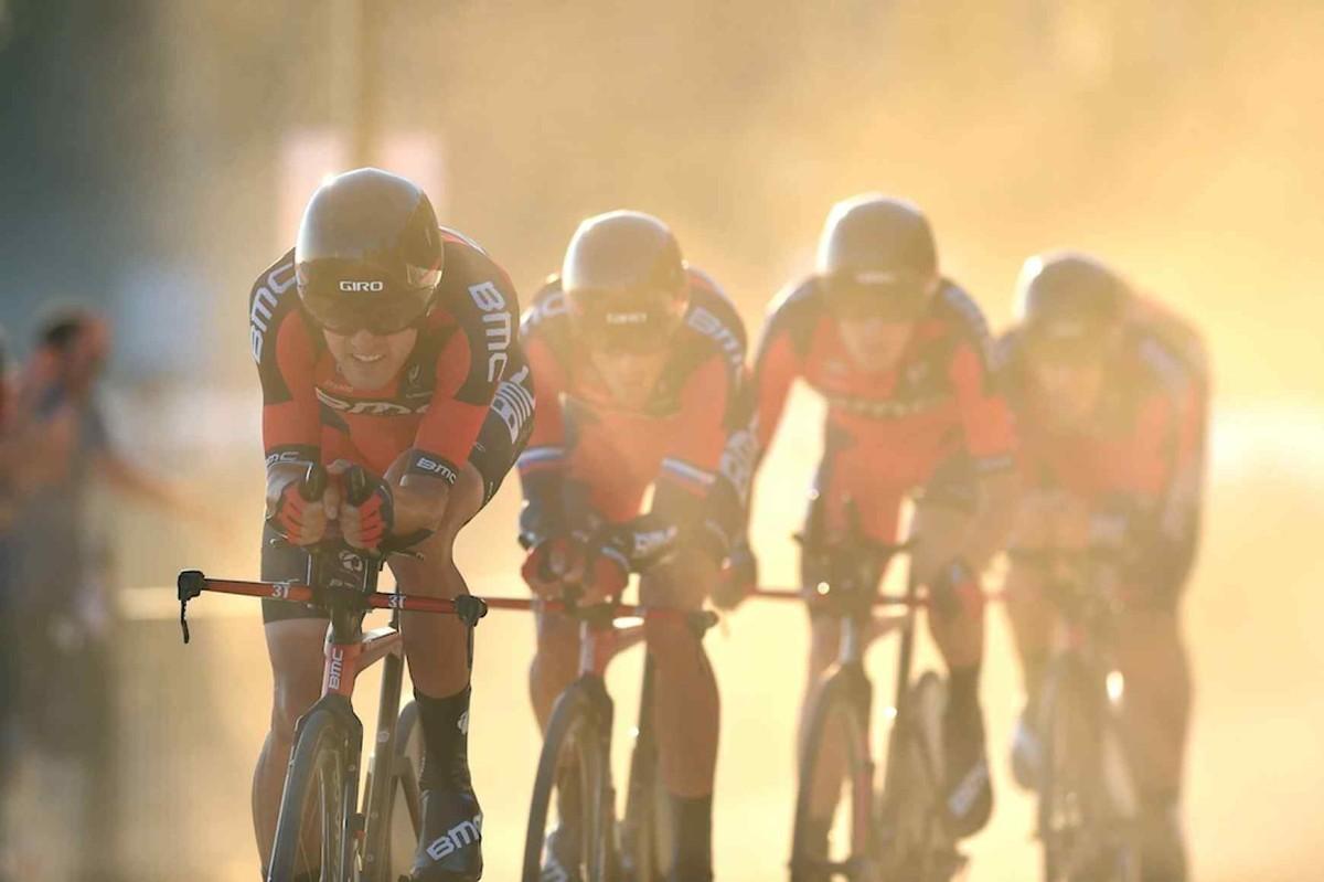 Vuelta a España, etap I: Drużyna BMC wygrywa jazdę na czas