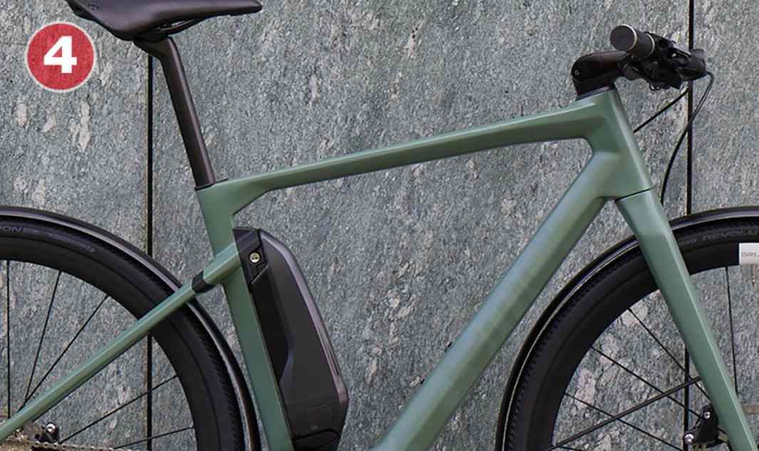 Full Carbon Frame And Fork Featherweight, superior handling and ride quality