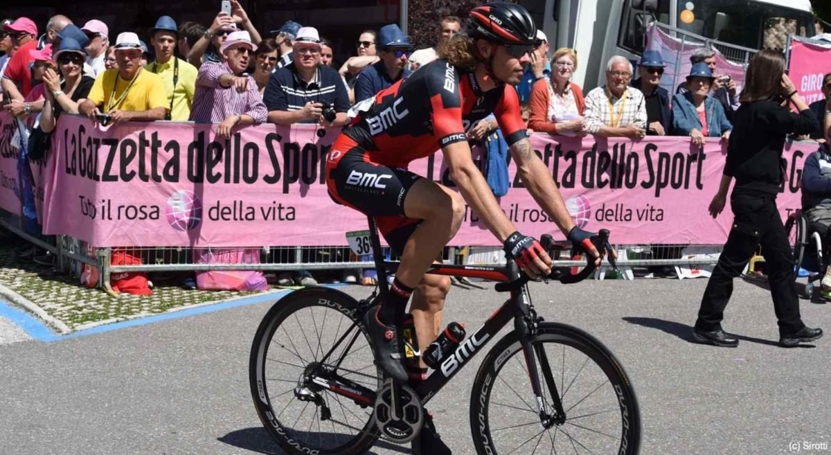 Giro d'Italia, etap XVII: Oss znów w ucieczce