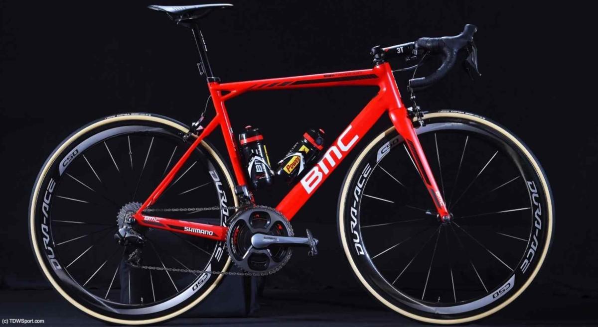 Rowery startowe BMC Racing Team z oponami Vittoria