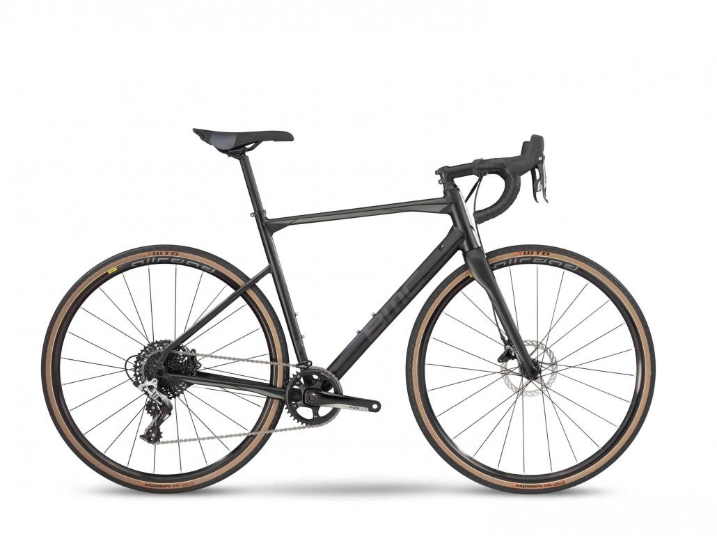 Rower szosowy BMC Roadmachine X 01 (mat. pras.)
